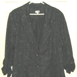 Black and Gray Button Front Jacket 26 28